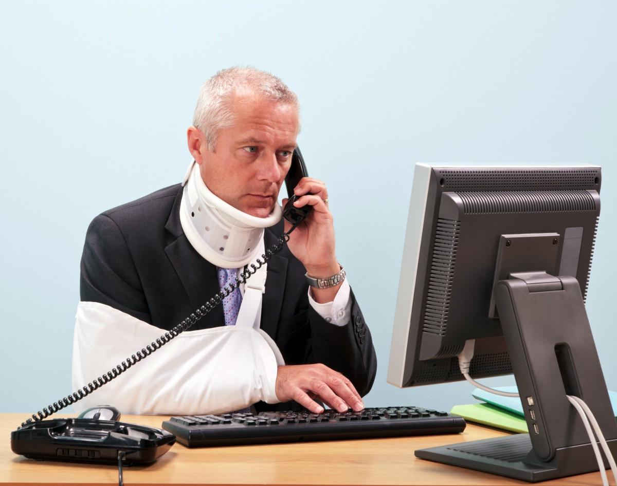 Возмещение вреда причиненного здоровью или жизни работнику — Студопедия